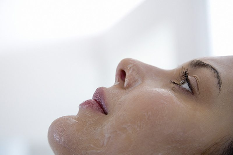 Woman getting a ViPeel on her face
